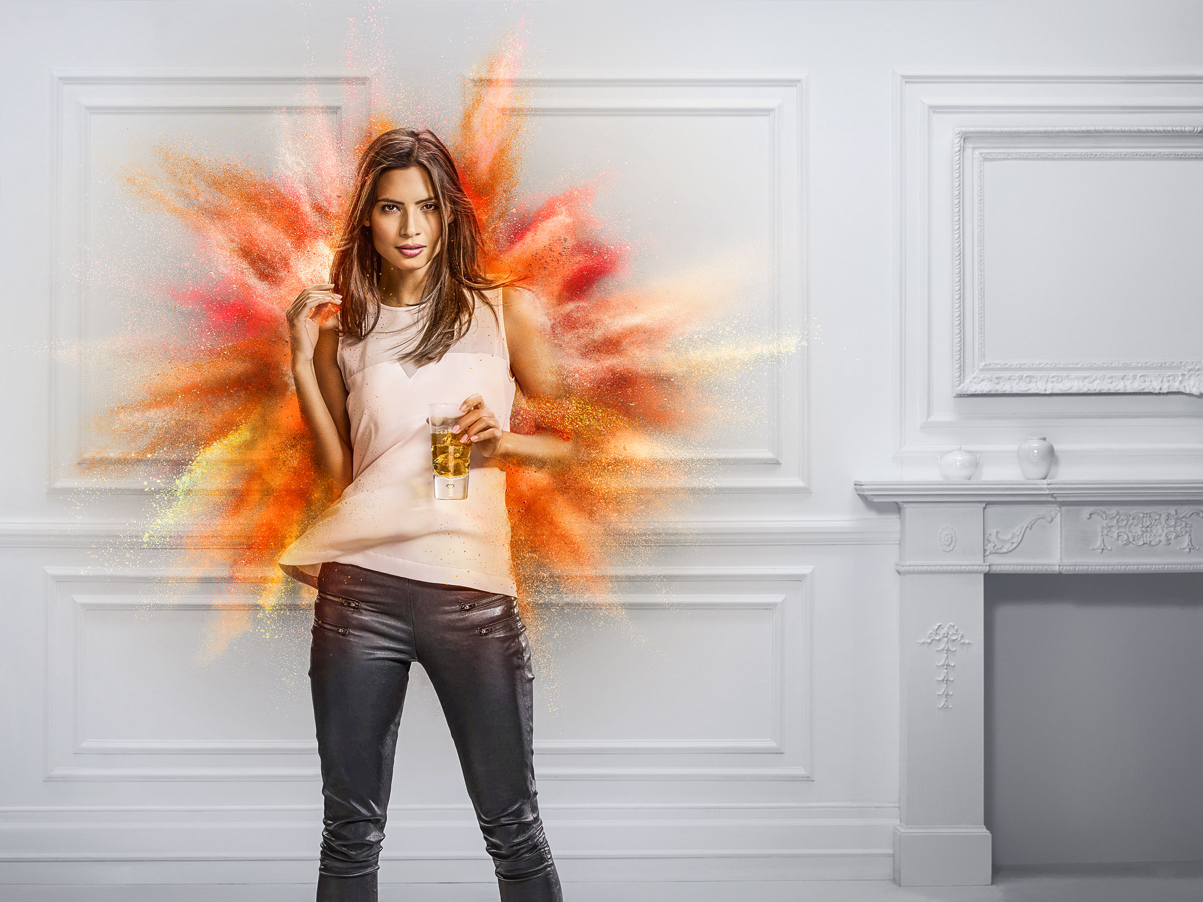 Johnnie_Walker_powder_explosion_tank_retouching_LOVE_agency_manchester_london_01