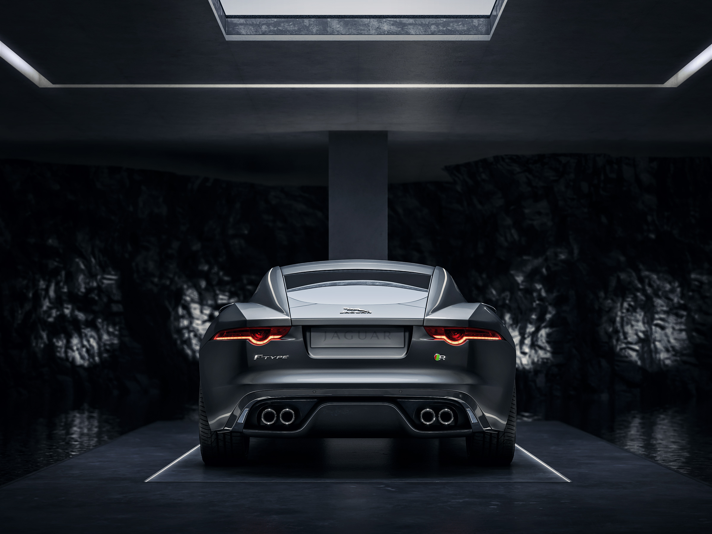 jaguar_ftype_f_type_tank_cgi_retouch_london_post_production_underground_lair_garage_rear